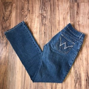 💥 Super Cute Wrangler Jeans 💥